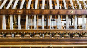 Label Soie : atelier municipal de passementerie et atelier de tissage